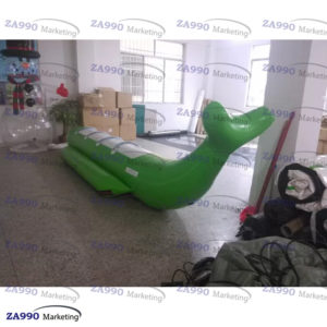 4 Passenger Inflatable Whale Banana Boat For Water Game With Air Pump